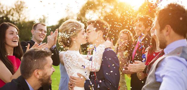 Photograph a Big Bridal Party